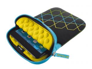 TRUST Anti-shock Bubble Sleeve for 7-8'' tablets - hexagons