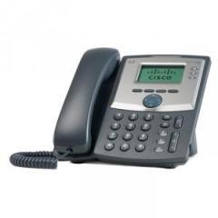 Cisco SPA 303 3-Line IP Phone with Display and PC Port - Bundle 4 phones + Cisco SF110D-05 5-Port